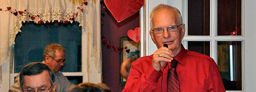 Mayor Speaking at Vlentine Benefit